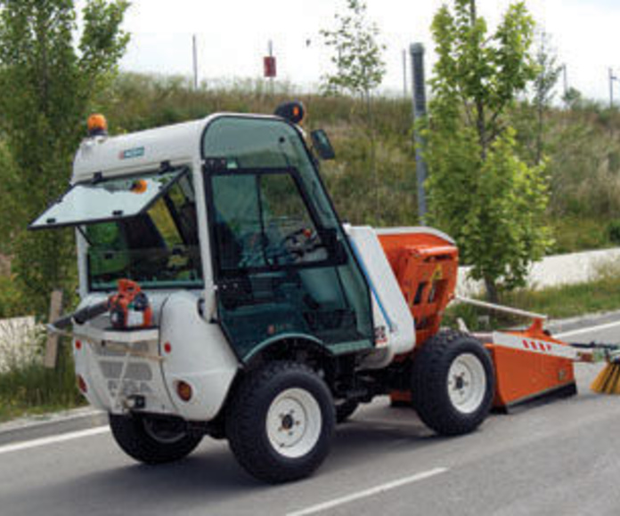 Barredora marca Ausa, modelo BD202HL con capacidad 0,9 litros: Catálogo de GRUPO GV