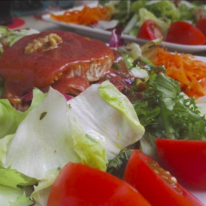 Ensaladas: Menú de Hamburguesería Lina