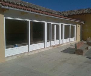 Instalación de puertas de aluminio en Palencia