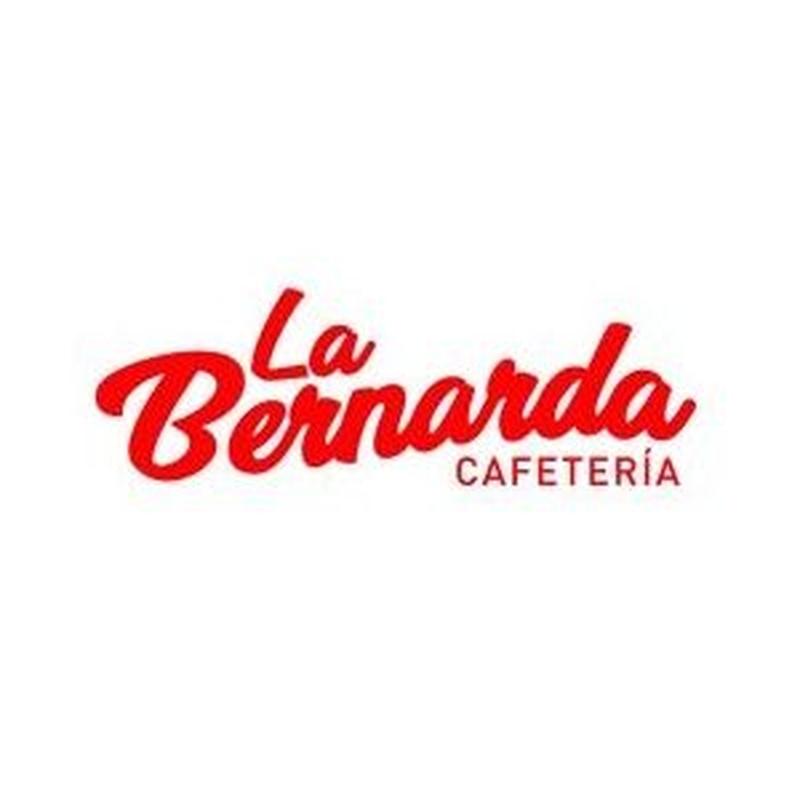 Mora en agua: Ofrecemos de Cafetería la Bernarda