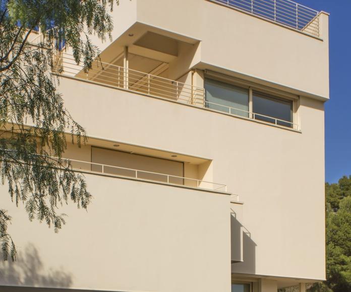 Casa Jose Antonio Corrales. Roca- Can Girona- Sitges- Barcelona.: Proyectos  architectsitges.com de FPM Arquitectura