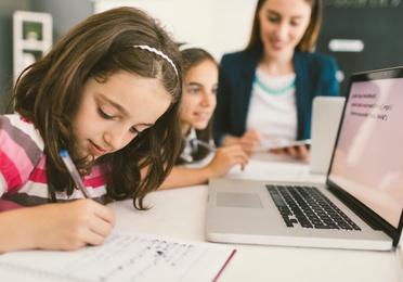 Primaria: apoyo diarios a deberes