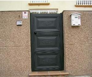 Galería de Puertas automáticas y accesorios en Getafe | Puertas Automáticas J y F