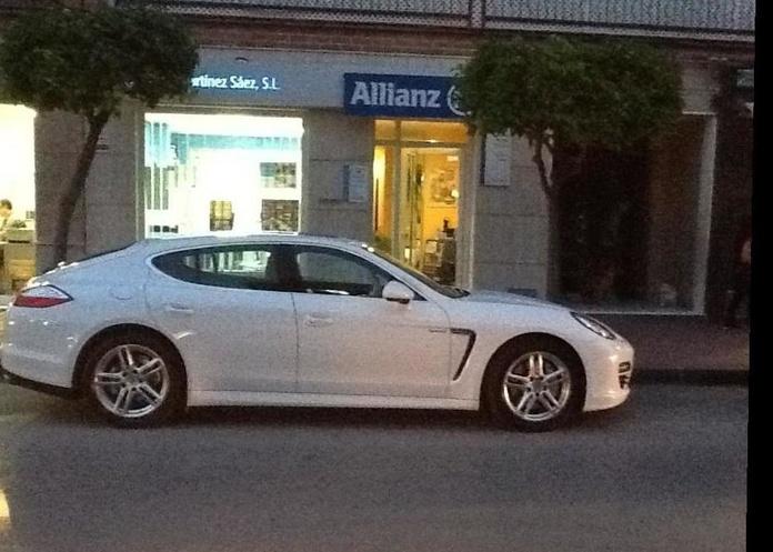 Contrata ahora tu seguro de coche: Seguros de Allianz Seguros