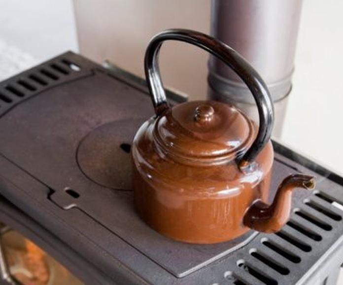 Construcción y reparación de cocinas de carbón: Productos y servicios de Fumistería Tetuán