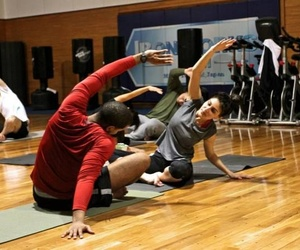 Cómo evitar y tratar las contracturas musculares