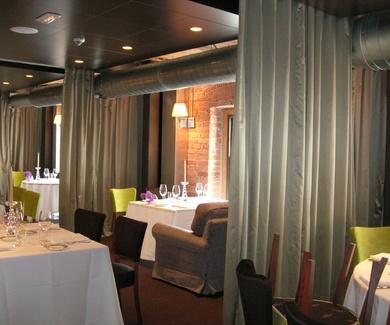 Confeccion a medida de Cortinon en  Restaurante Yandiola Bilbao-La Alhondiga