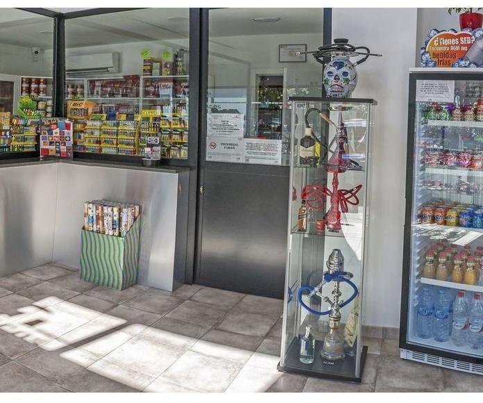 Agua y refrescos: Shisha y artículos de regalo de Expendeduría 135