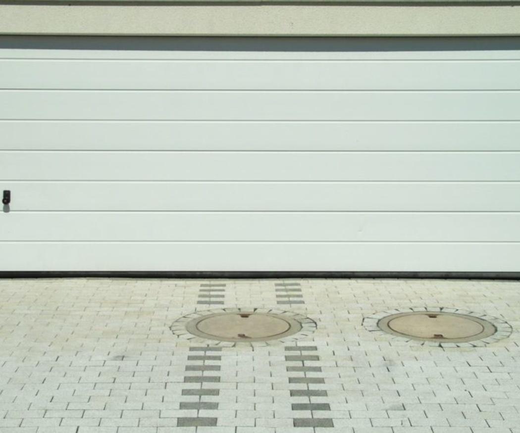 ¿Cómo pintar la puerta de un garaje?