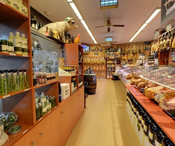 Tienda de ibéricos en Manresa
