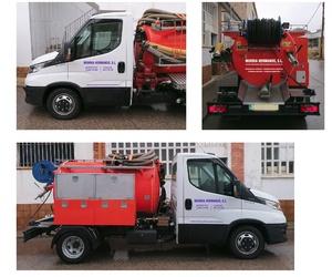 Camiones de diferentes capacidades para desatrancos en Teruel