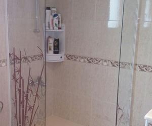 Mampara de baño personalizada  en Valencia