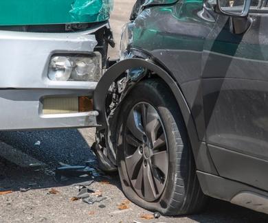 Abogado Vitoria accidente tráfico latigazo pruebas biomecánicas