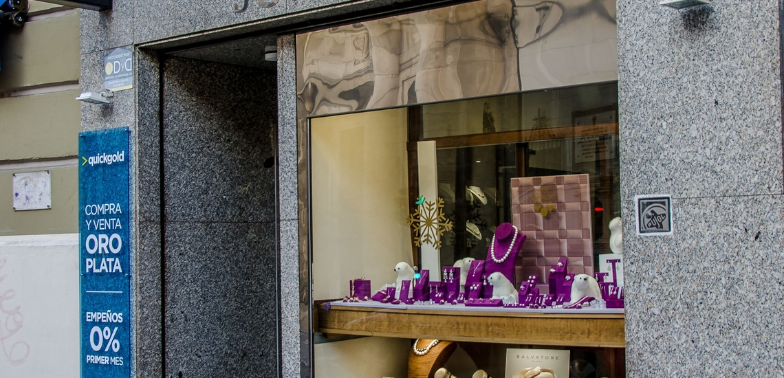 Taller de joyería en Valladolid especializado en las alianzas de compromiso y de boda