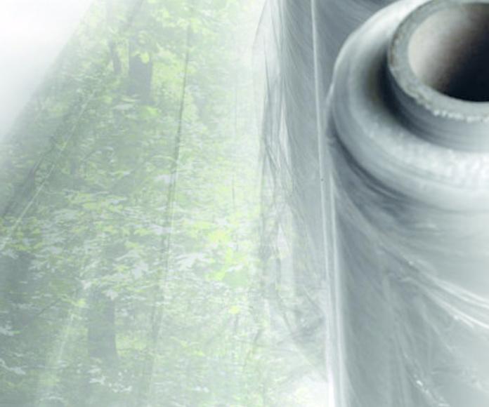 Film estirable, preestirado : Productos   de Paperval Plastics