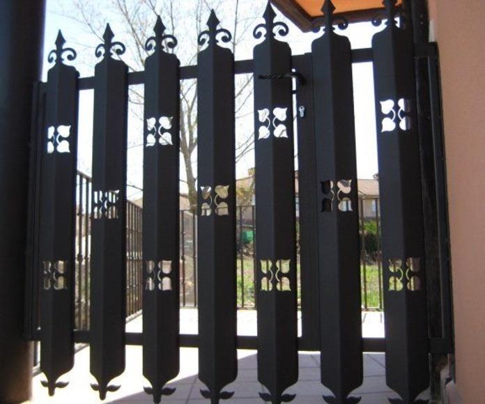 Cancelas: Catálogo de C.L.M. Cerrajeros Segovia