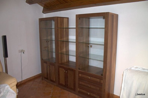 Fabricación de muebles de sala en madera