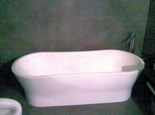 Flexagua, instalación de bañeras de diseño en Málaga