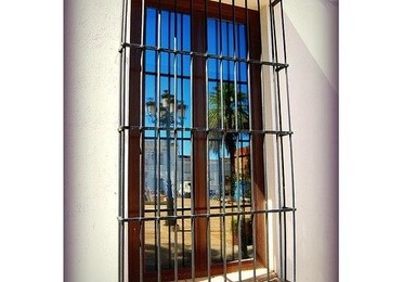 Rejas y puertas