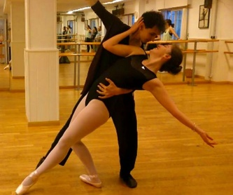 Gimnasia de mantenimiento: Escuela de Baile  de Ballet M H
