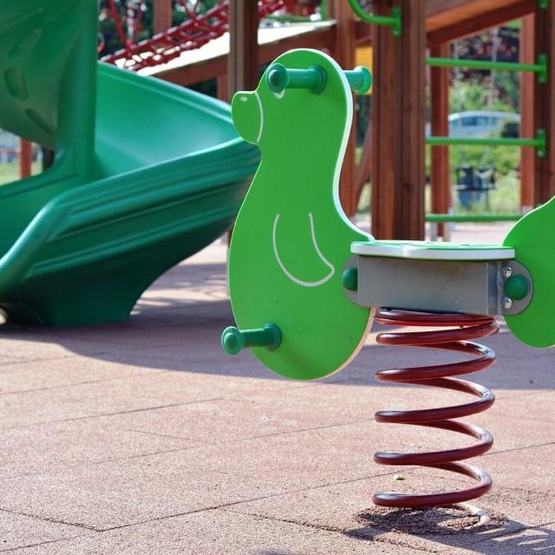 Limpieza de parques infantiles: Servicios de MI Servicios Integrales