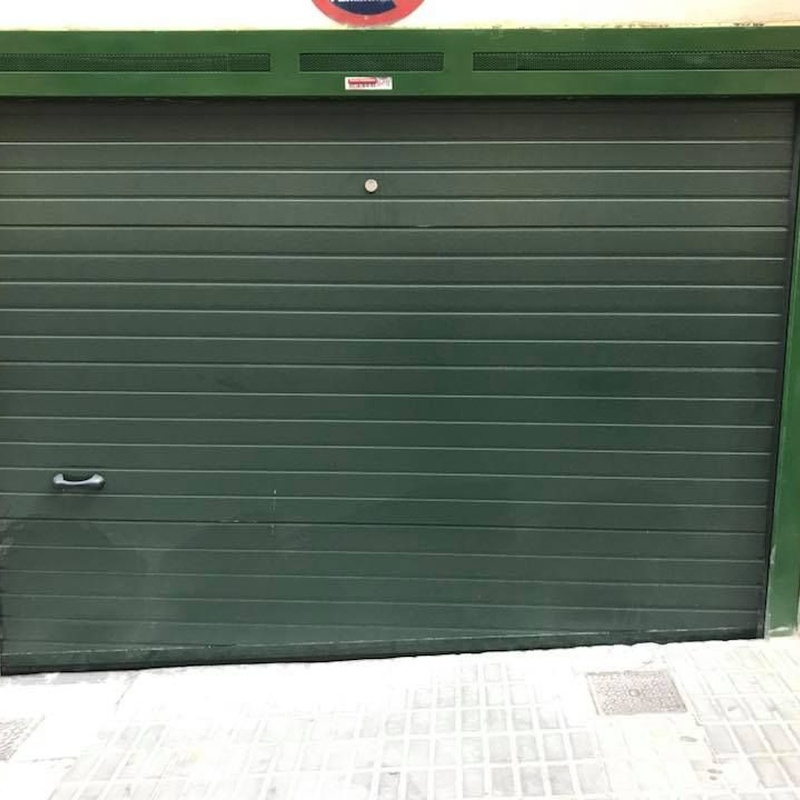 Puertas automáticas seccionales: Servicios de Automatismos Montidoor