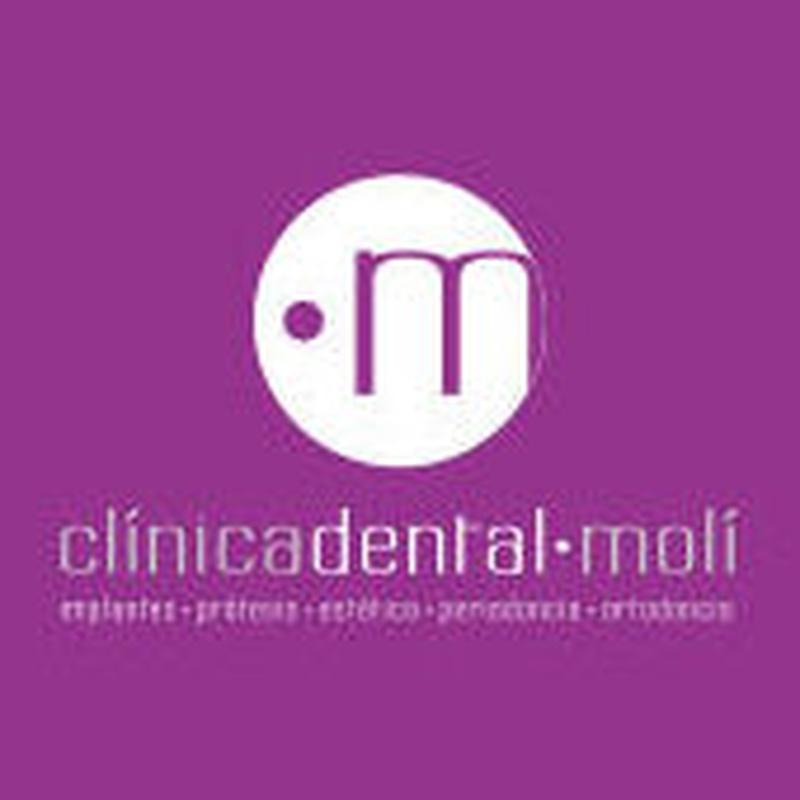 Primera visita es gratuita: Tratamientos y personal  de Clínica Dental Molí