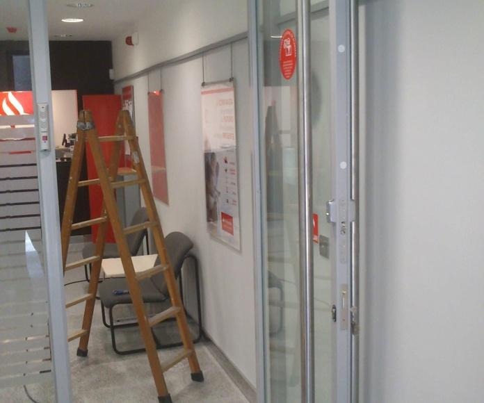 Puertas: Nuestros trabajos de Icminox
