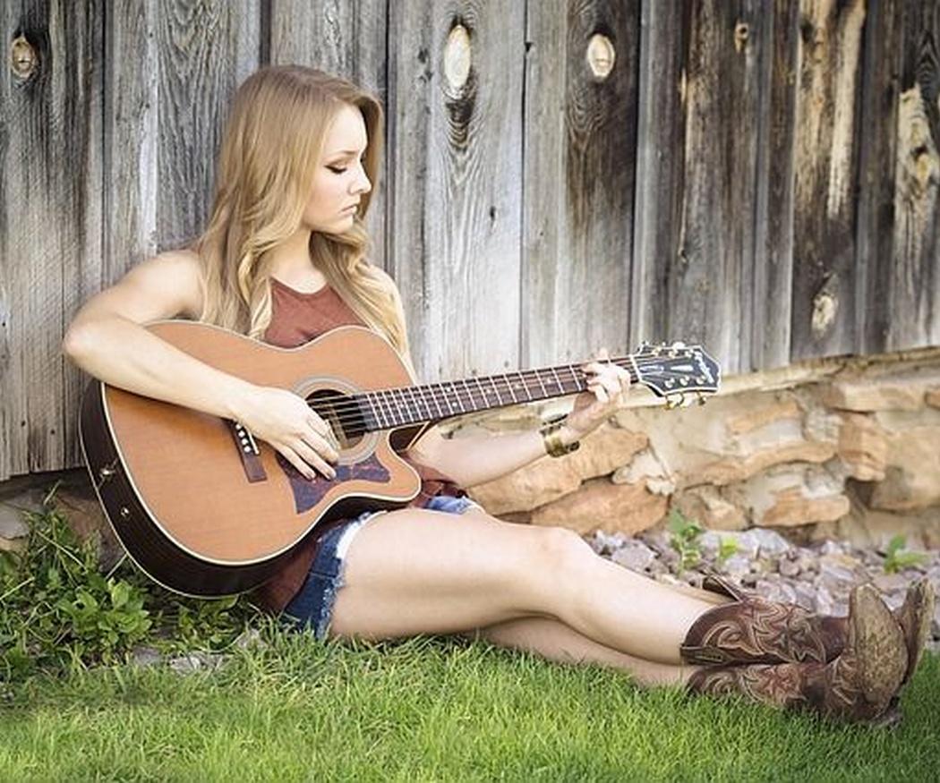 ¿Por qué aprender a tocar la guitarra?