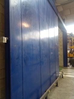Sistemas de seguridad en puertas cortafuegos electroimán regulador de velocidad amortiguador impacto