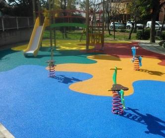 Juegos infantiles: Servicios de Pavimentos Garvel