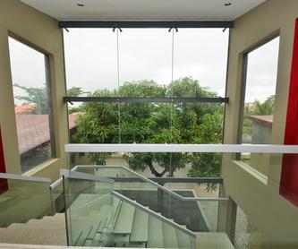 Mamparas correderas de ducha y bañera.: Catálogo de cristalería de MaviGlas S.A.