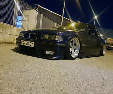 BMW E36 - Strongflex Full Suspension Kit - refuerzos eje trasero y montaje final