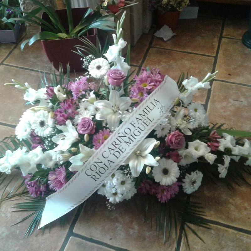 Centros funerarios: Arreglos Florales de Flores Cid Arte Floral