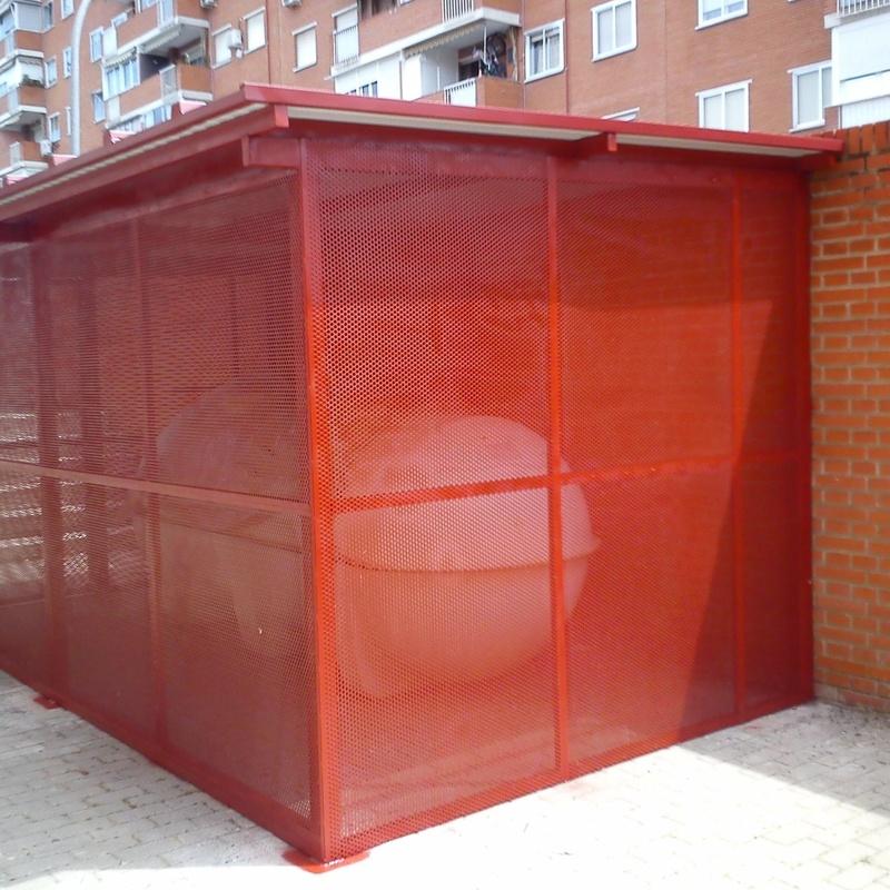 Cobertizo para el depósito: Trabajos de Cerrajería Alberto Bautista
