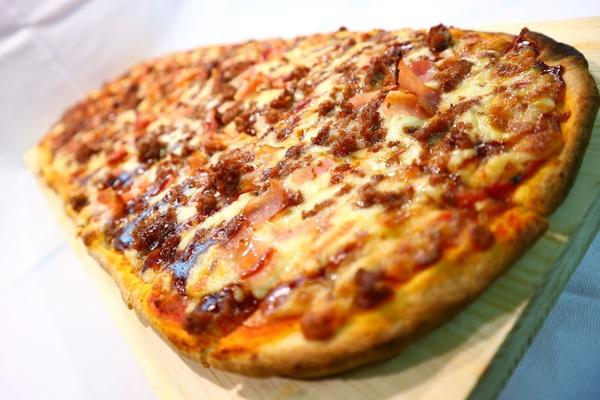 Pizzas: Pizzas y platos de Pizza Metro Company Terrassa