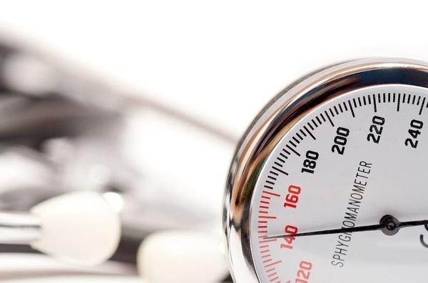 Desde 1975, la hipertensión se ha duplicado en el mundo.