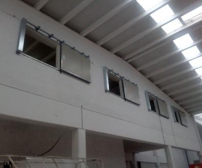 Puertas guillotinas y correderas cortafuegos tipo ventana certificadas en Barcelona