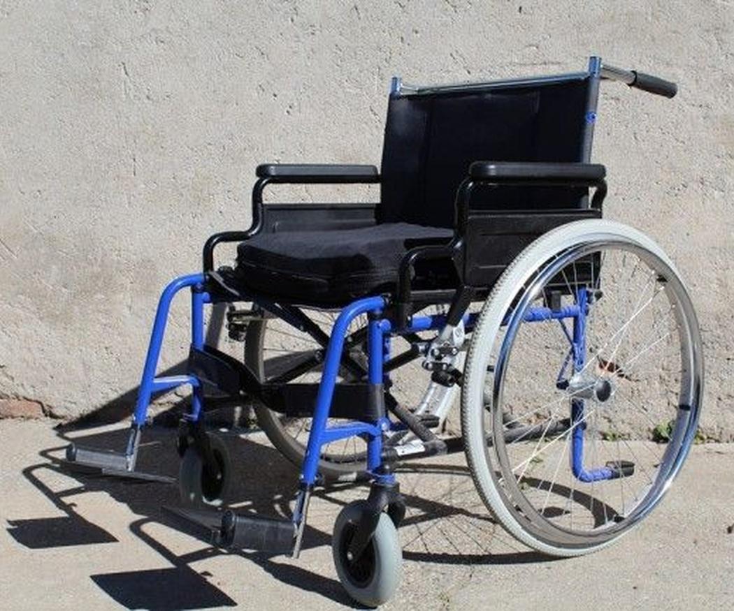 ¿Sillas con ruedas grandes o pequeñas?