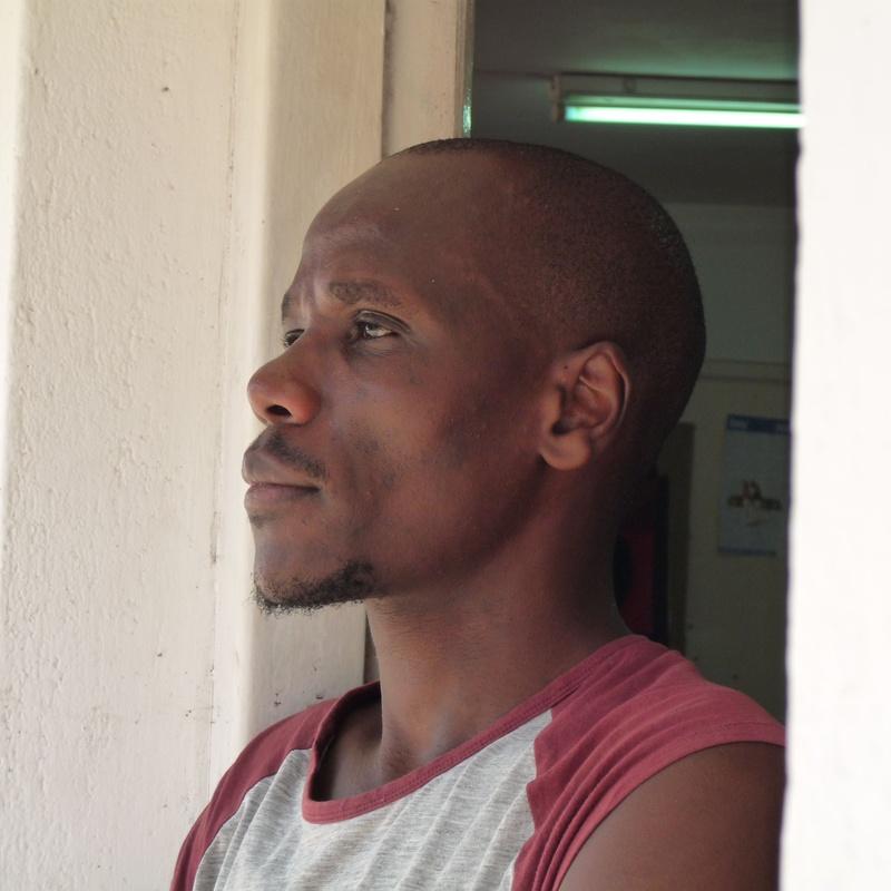 Richard Kimathi: Exhibitions and artists de Gazzambo Gallery