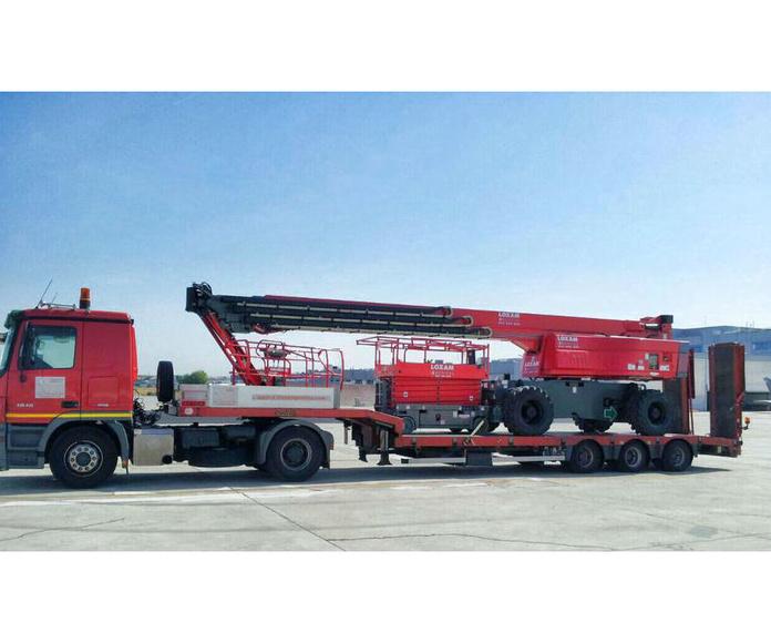Maquinaria y transporte: Servicios de Setoan Logística de Maquinaria y Transporte