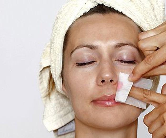 Depilación facial: Servicios de Perruqueria Montse Abellán