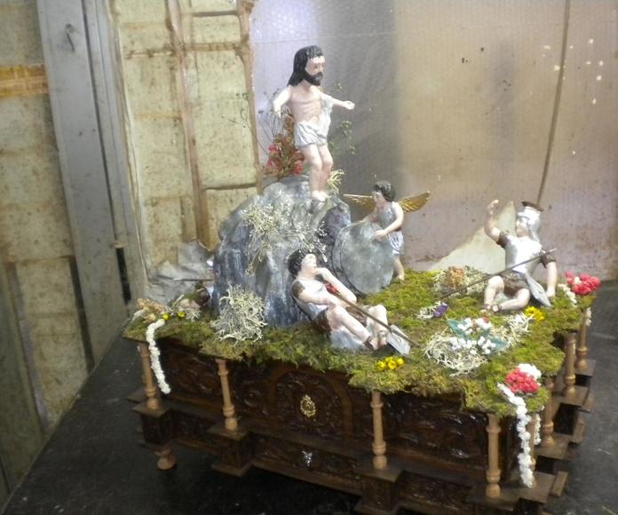 ultimo trono en miniatura la resureccion dedicado a la cofradia de jesus divino obrero