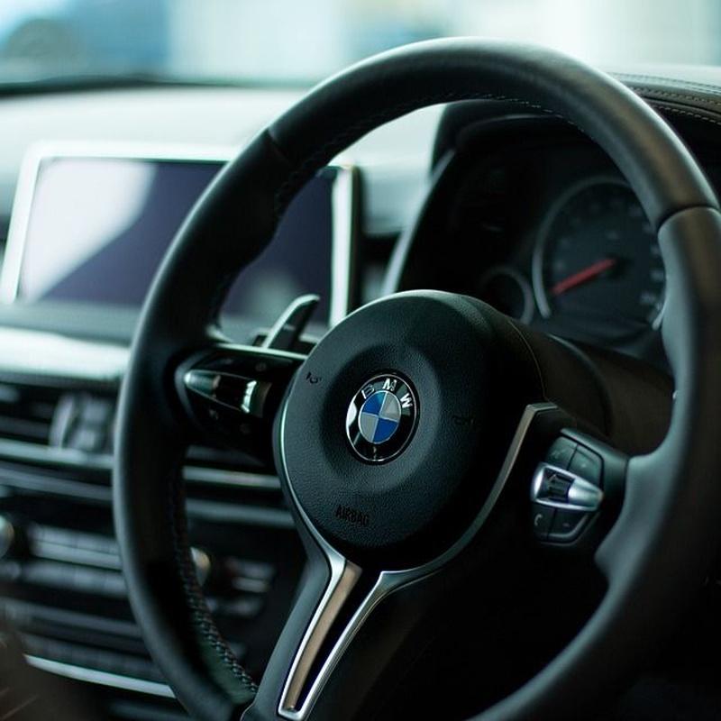 Reparación y tintado de volante: Servicios de Car Wash Alcorcón 1