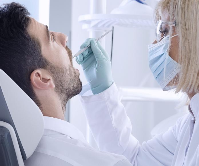 Periodoncia: Tratamientos de Clínica Dental Dra. Andrés