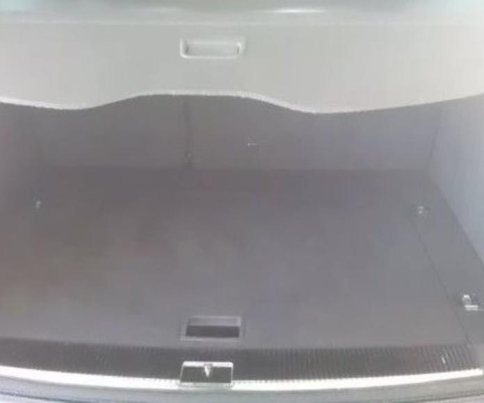Vw Toureg 3.0 TDI Quattro Tiptronic 225 cv.: Servicios  de Autotaxi Eliseo
