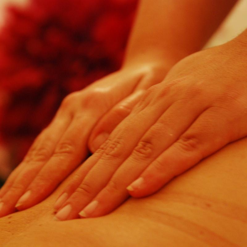Masajes corporales: Tratamientos de Centro de Estética Maeve