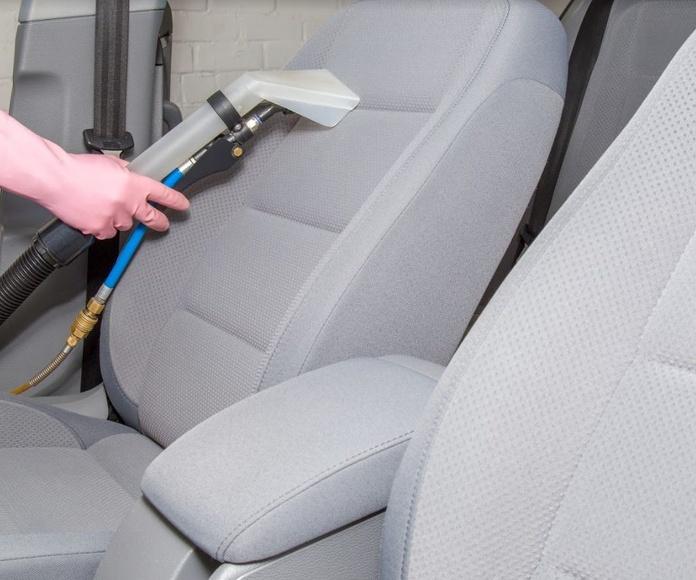 Limpieza de tapicería del automóvil: Servicios de Lavados y Engrases Huelva