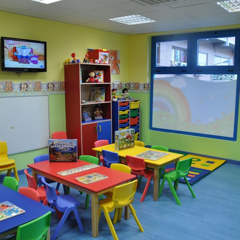 Actividades y Talleres Escuela Infantil Peque's School Barrio del Pilar: Nuestros servicios de Peques School