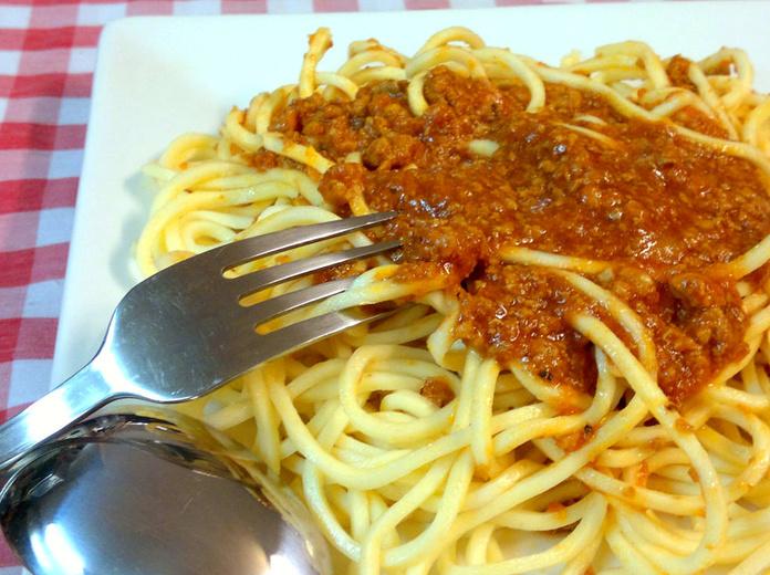 Plato de espaguetti boloñesa